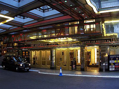 Savoy Theatre London What S On And How To Get To The